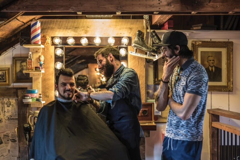 Les Barb Barber shop